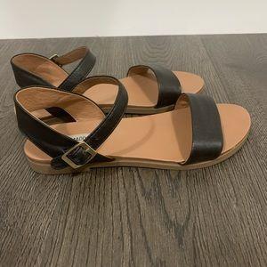 Steve Madden leather sandal